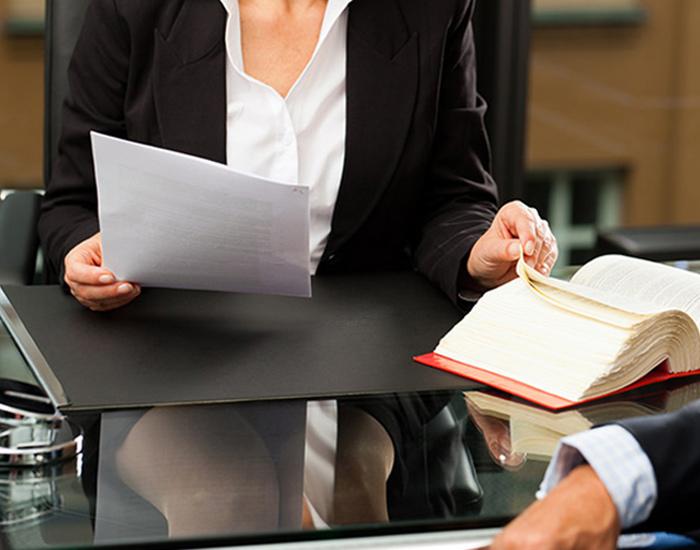 Assistance juridique dans différents aspects du droit